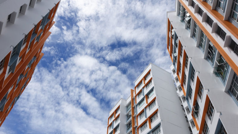 V Praze je přes 2400 prázdných obecních bytů, ukázala analýza. Bydlet se v nich ale zatím nebude